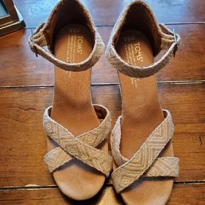 Toms Wedge Sandles